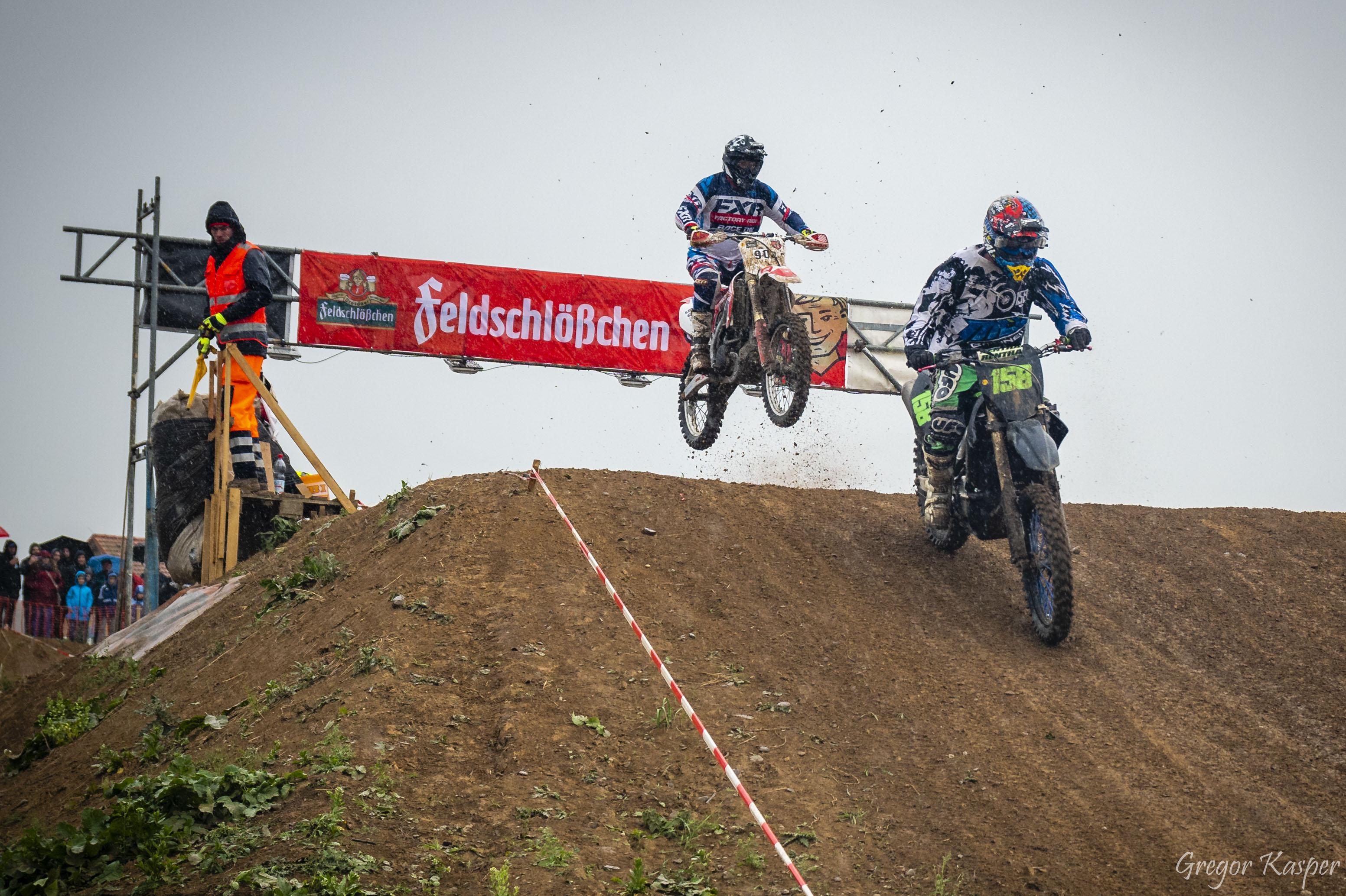 Motocross-883