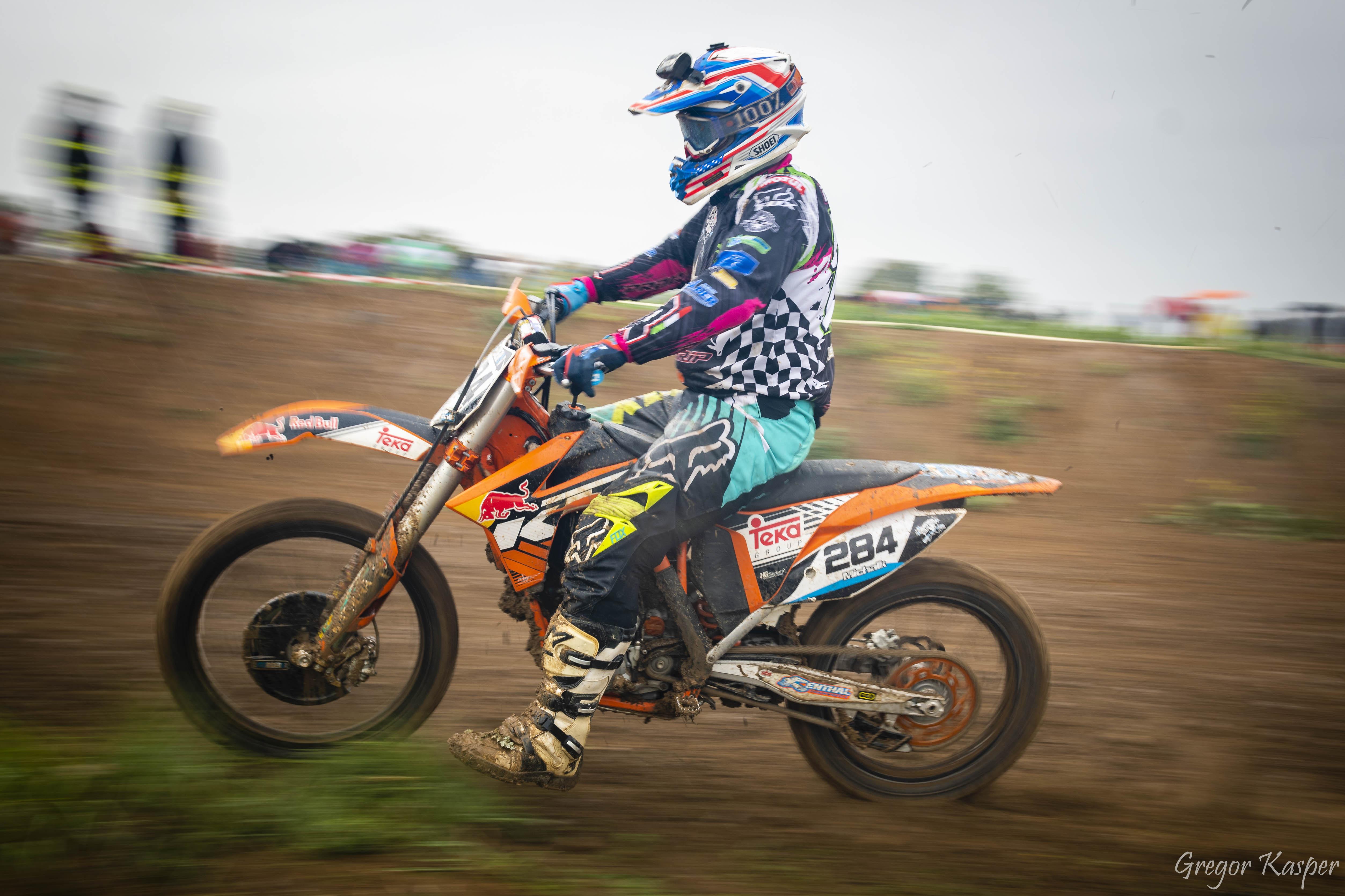 Motocross-890